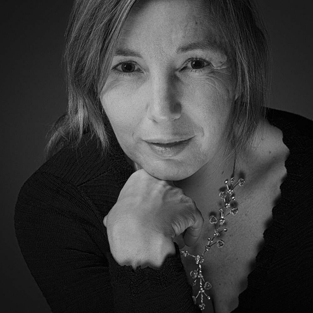 photo pro - laurence bichon photographe meudon  – portrait pro noir et blanc 2