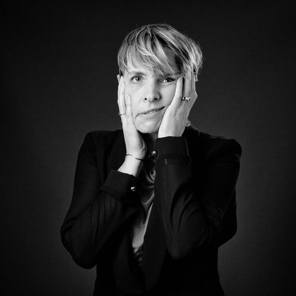 photo pro - laurence bichon photographe meudon  – portrait pro noir et blanc 7