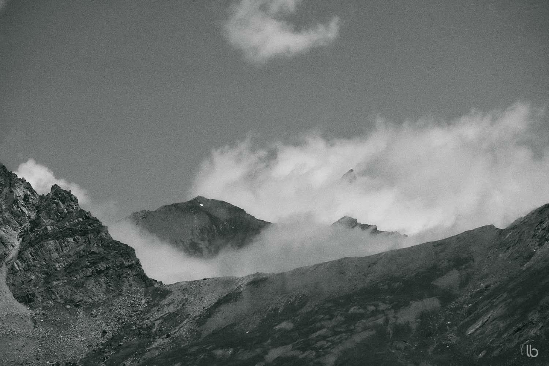 Scène de montagne dans le Queyras - Alpes française - laurence bichon