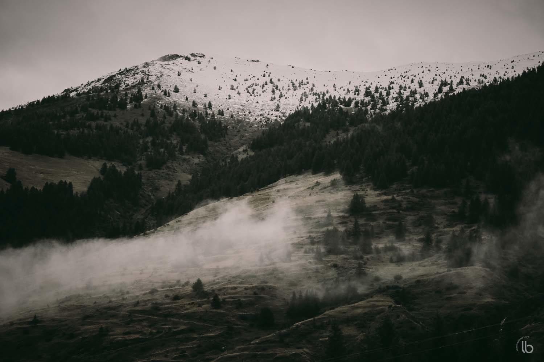 Scène de montagne dans le Queyras - neige d'été - Alpes française - laurence bichon