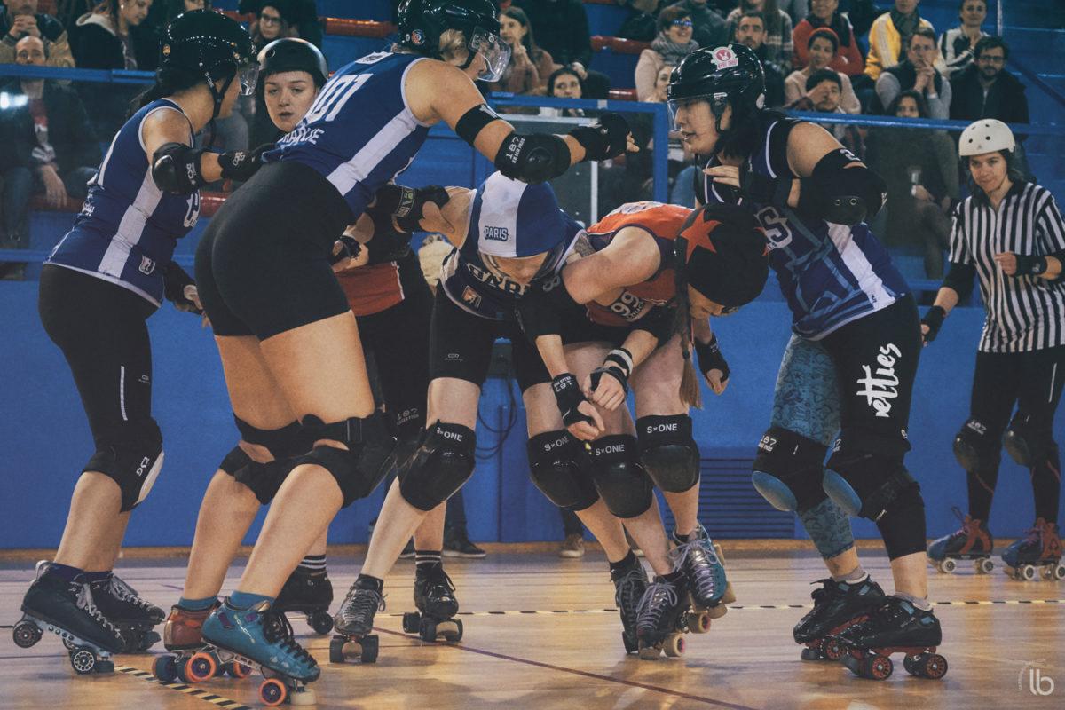 roller derby - paris rollergirls A&C vs nottingham hellfire harlots - allezlesfilles - laurence bichon photographe de sport feminin