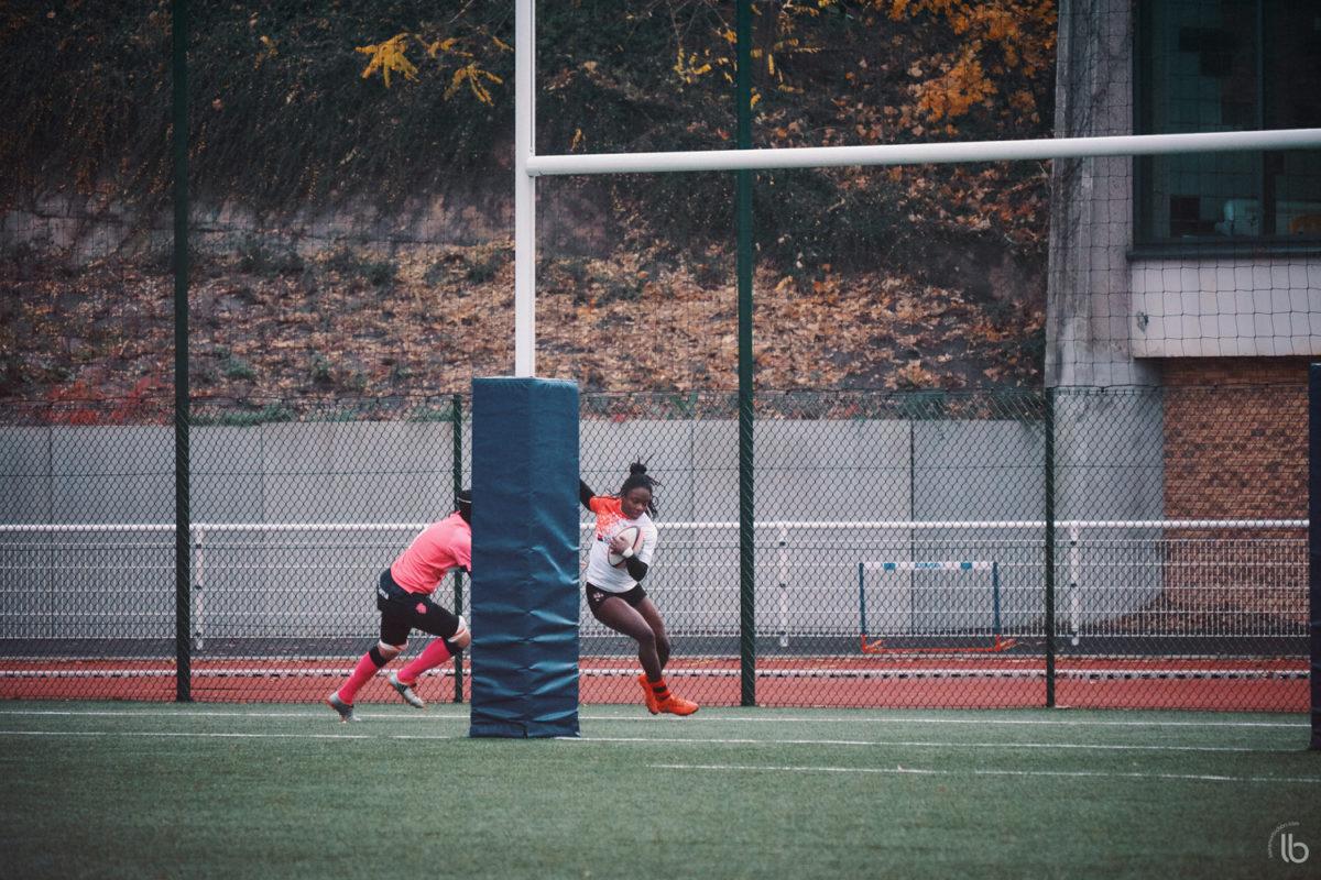 rugby feminin - #allezlesfilles - pink rockets du stade francais face aux louves de bobigny - laurence bichon photographe