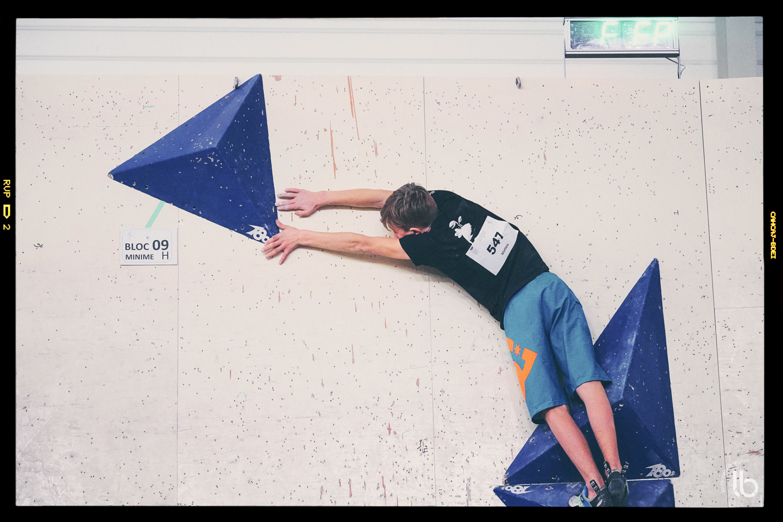 Escalade – Régional de blocs – Karma – minimes – laurence bichon photographe de sport