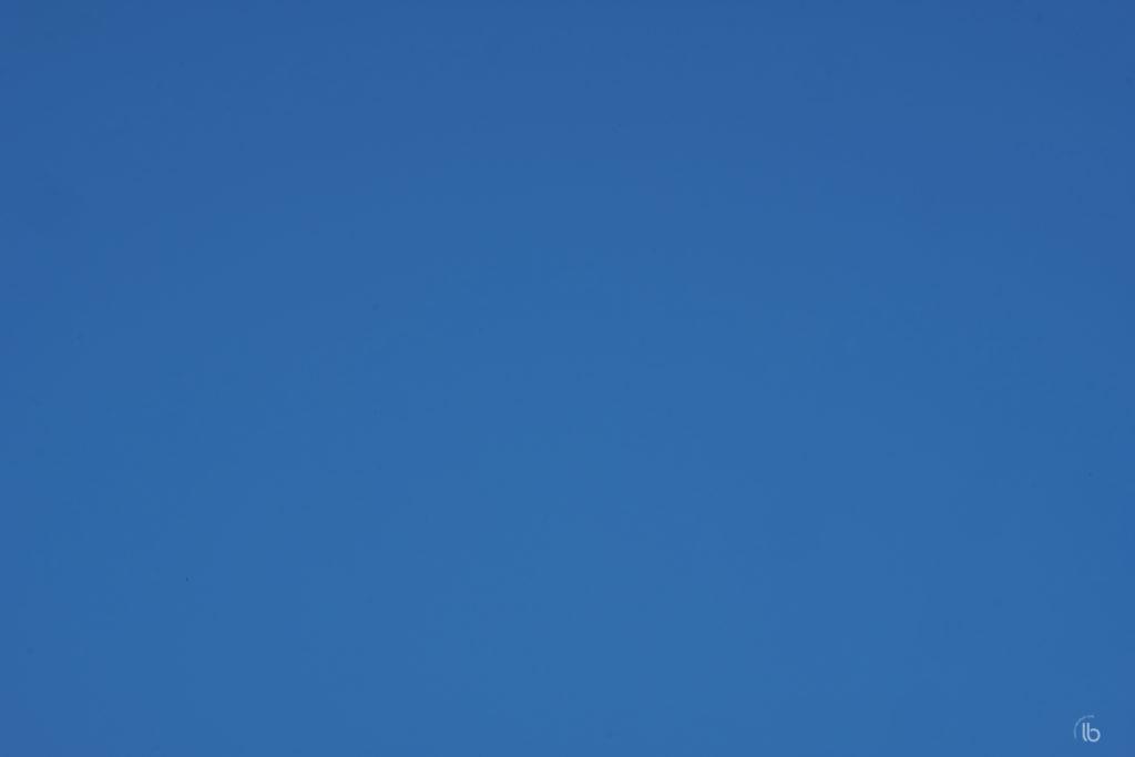 Blue sky after sensor cleaning.